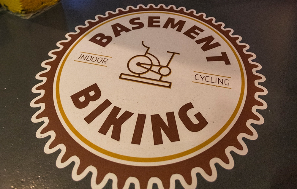 Vloersticker Basement Biking